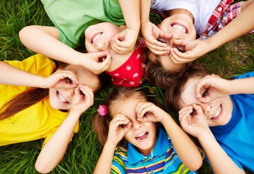 children-playing-grass1