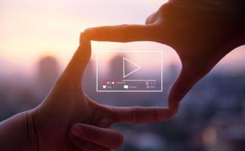 online-live-video-marketing-concept_12892-37